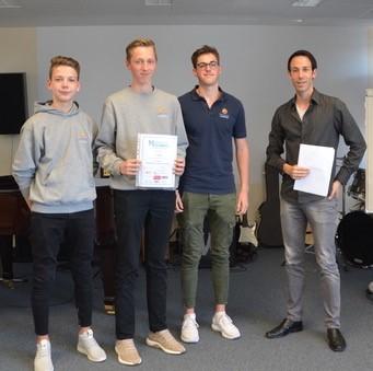 """Raiffeisen-Campus: Erfolg bei """"Mathematik ohne Grenzen"""""""