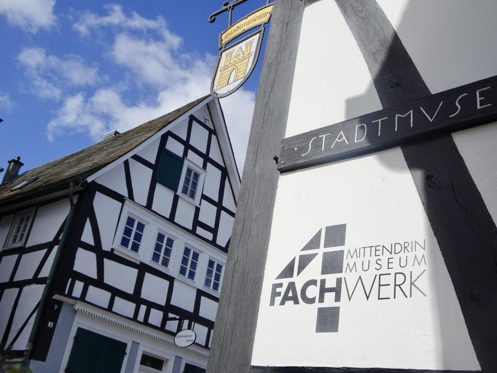 """""""4Fachwerk-Museum"""" Freudenberg präsentiert Ausstellungsreihe mit AK-Künstlern"""