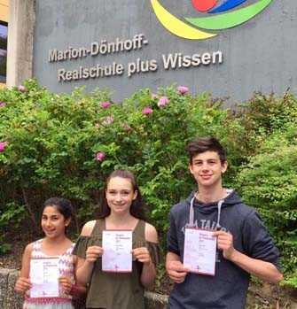 Mathematik-Asse der MDRplus: Sila Saricicek, Alina Sauerbach und Sascha Ludwig (von links) Fotos: Schule