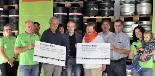 Getränke Müller aus Oberwambach sammelte 5.000 Euro für den guten Zweck. (Foto: kkö)