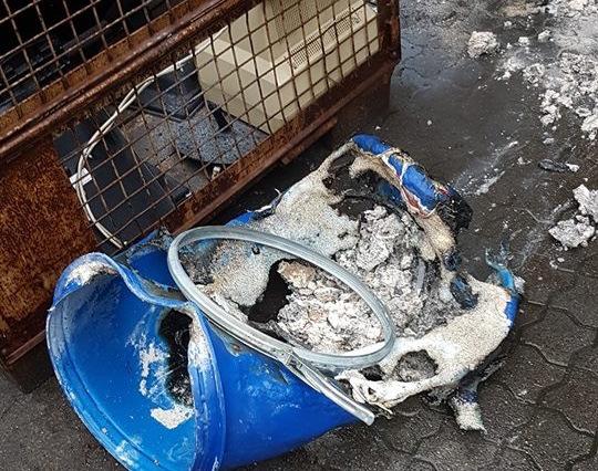Brand in einer Firmenhalle forderte Feuerwehreinsatz