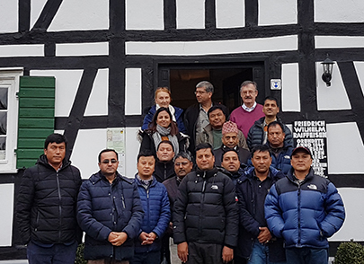 Hoher Besuch aus Nepal besuchte Raiffeisenhaus in Flammersfeld