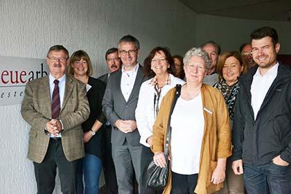Vorsitzender Josef Zolk (links) begrüßte die Gäste zur Einweihung des neuen Standortes in Hachenburg. Foto: pr