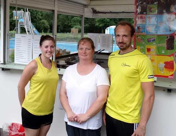 Sarah Job, Petra Kepper, Harald Baumann (von links nach rechts). Foto: Wiedtalbad
