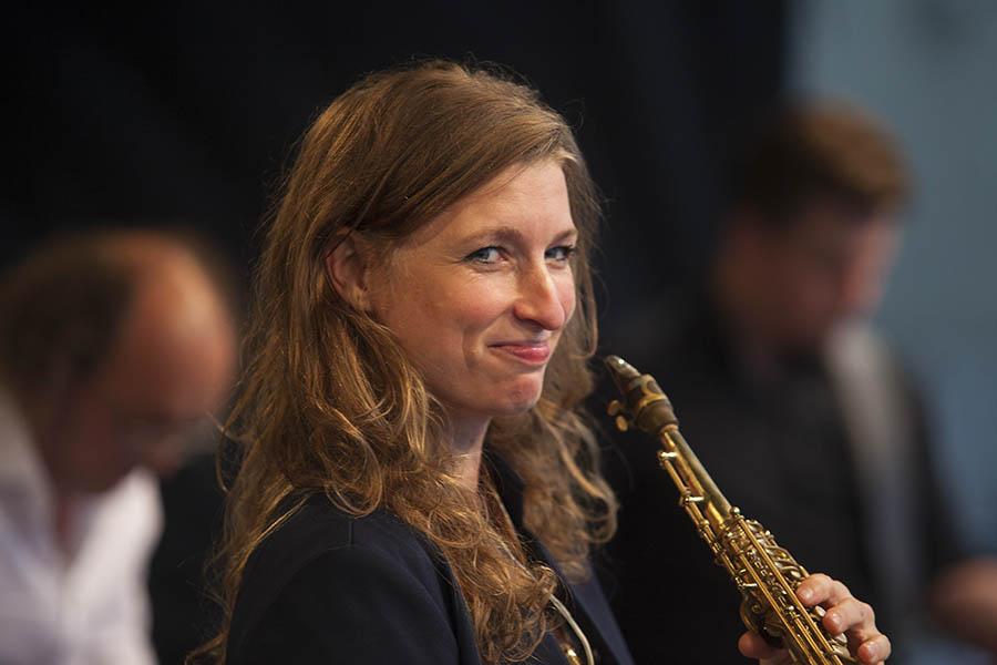 Nicole Jo bot Jazzrock auf Altem Markt in Hachenburg