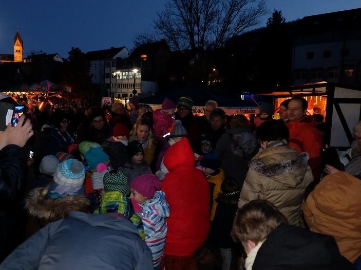 Weihnachtsmarkt Niederfischbach fällt erneut aus – So schön war es beim letzten Mal