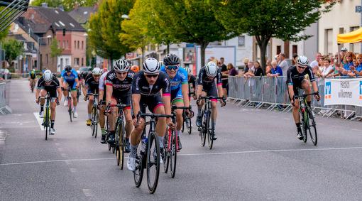 Betzdorfer Radrennfahrer auch auf Abwegen erfolgreich