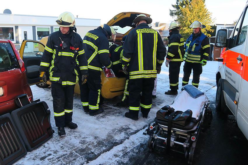 Feuerwehr Puderbach rettet Senior aus misslicher Lage