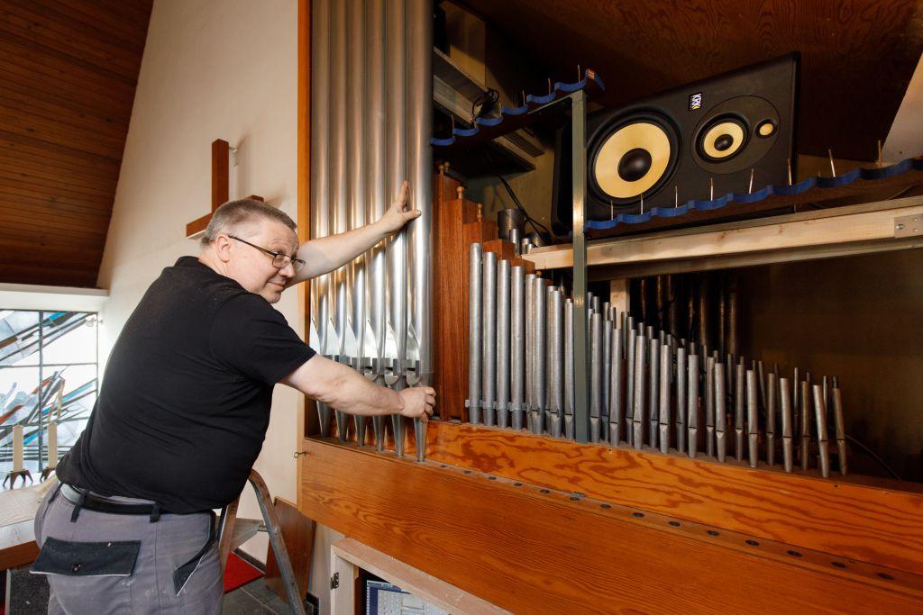 Orgel in Hof erklingt künftig mit Bits und Bytes