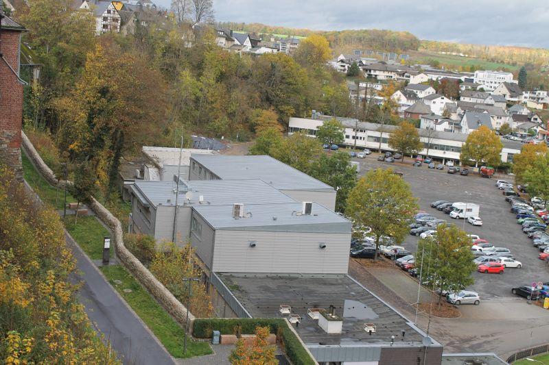 Parkplatz Eichwiese für eine Woche gesperrt