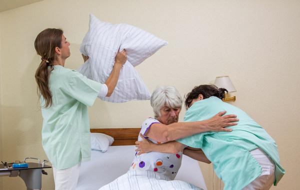 Altenpflege: Forum Soziale Gerechtigkeit lädt zum Fachgespräch