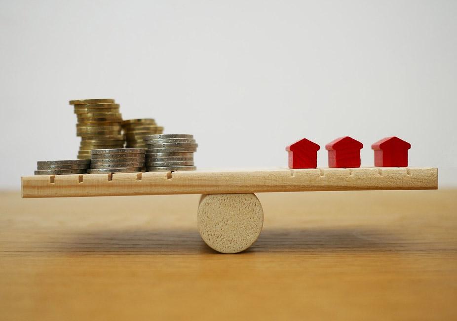 Kosten sparen beim Hauskauf? - Risiken von verdeckten Bauherrenmodellen