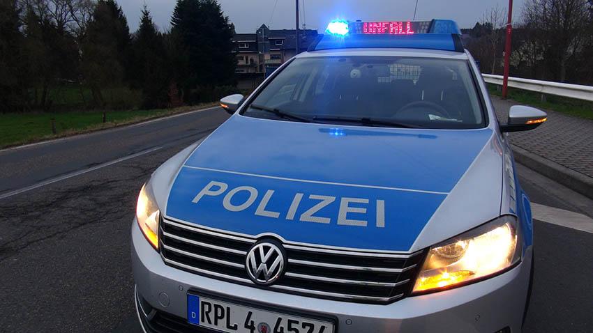 Verlorene Laderampe sorgt für Unfälle auf Autobahn