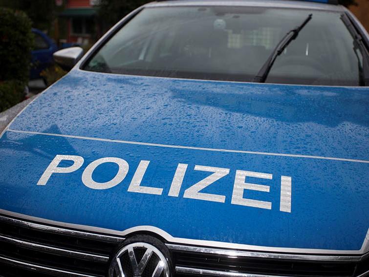 Polizei sucht Hinweise über aufgefundene Taxi-Schilder