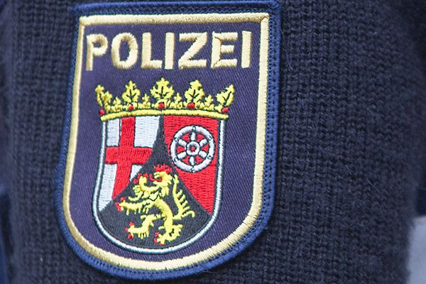 Aktueller Warnhinweis: Falsche Polizeibeamte