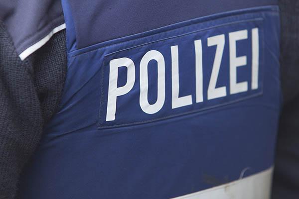 Polizei Straßenhaus sucht Zeugen nach Schlägerei in Asbach