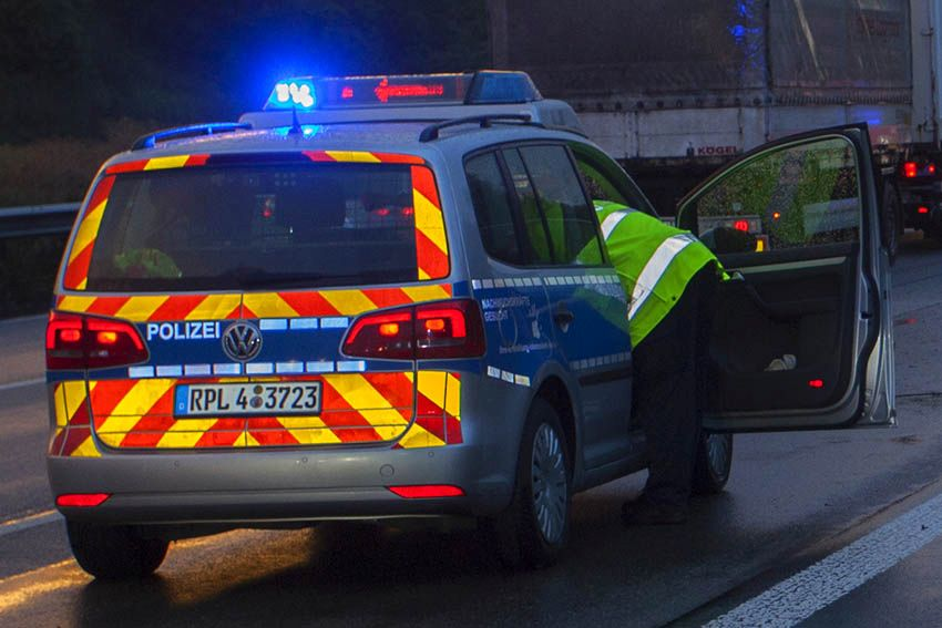 Verkehrsunfall in Kolonne mit leicht verletzter Person