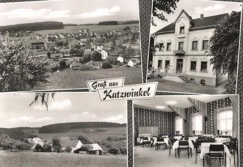 Das umfangreiche Archiv des Vereins beinhaltet eine Vielzahl an Foto-Collagen und Einzelfotos. (Foto/Postkarte: privat)
