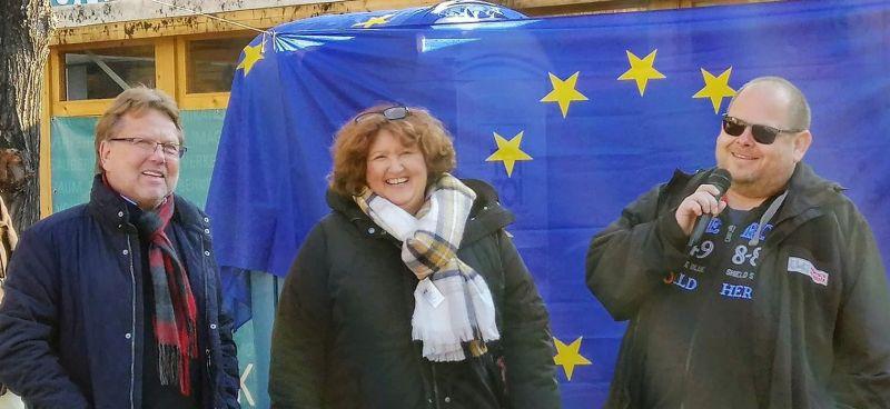 Stellungnahmen pro Europa bei Pulse of Europe Neuwied