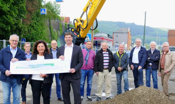 Jetzt geht es los: Bau der Park-and-Ride-Anlage in Niederschelderh�tte startet