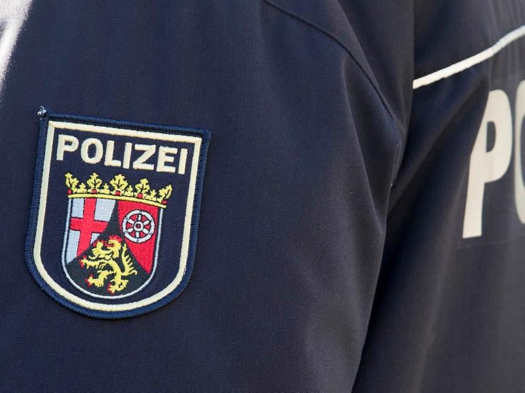 Kirchen: Polizeibeamter bei Widerstand leicht verletzt