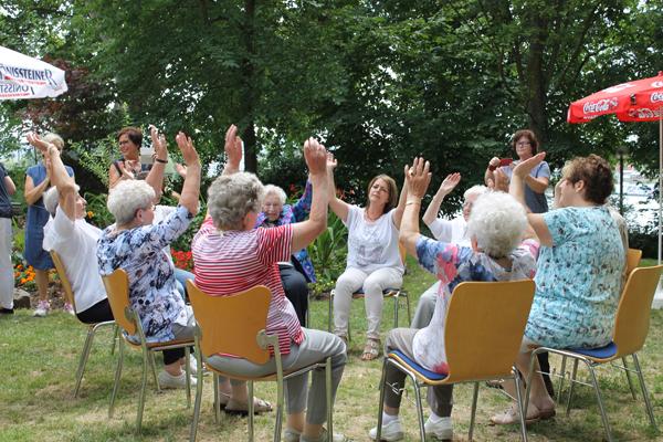 5. Stadtgartenfest der Seniorenheime Linz am Rhein