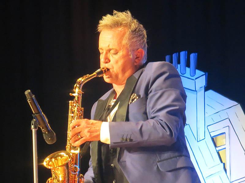 Jörg Knör parodierte in Ransbach-Baumbach