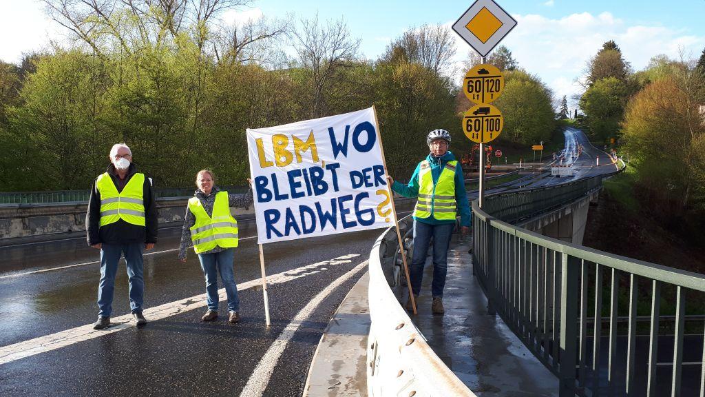 Blockadehaltung des LBM Diez gegen den Radweg nach Montabaur