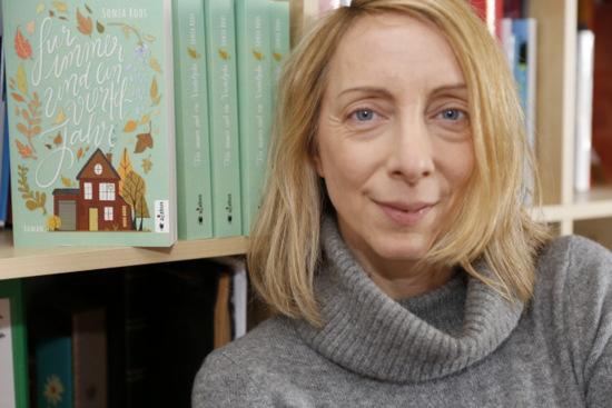 Die Altenkirchener Journalistin Sonja Roos hat Anfang Februar ihren ersten Roman veröffentlicht. (Foto: privat)