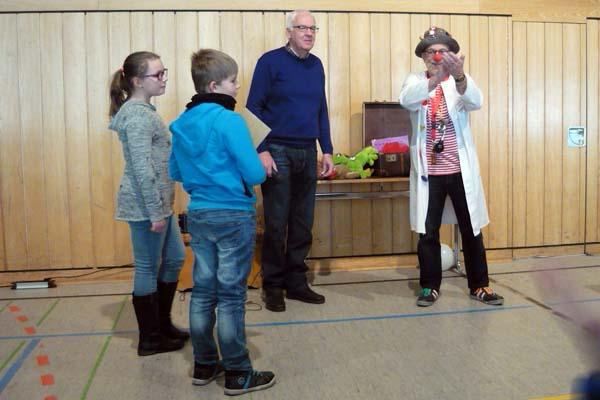 Grundschule unterstützt Westerwälder Clowndoktoren