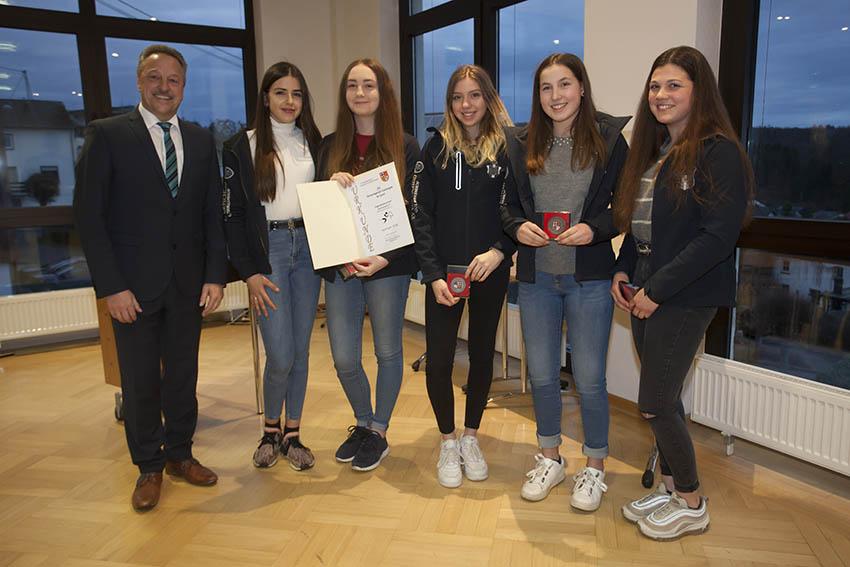 Jugendmannschaft des Reitervereins Kurtscheid wurde ausgezeichnet