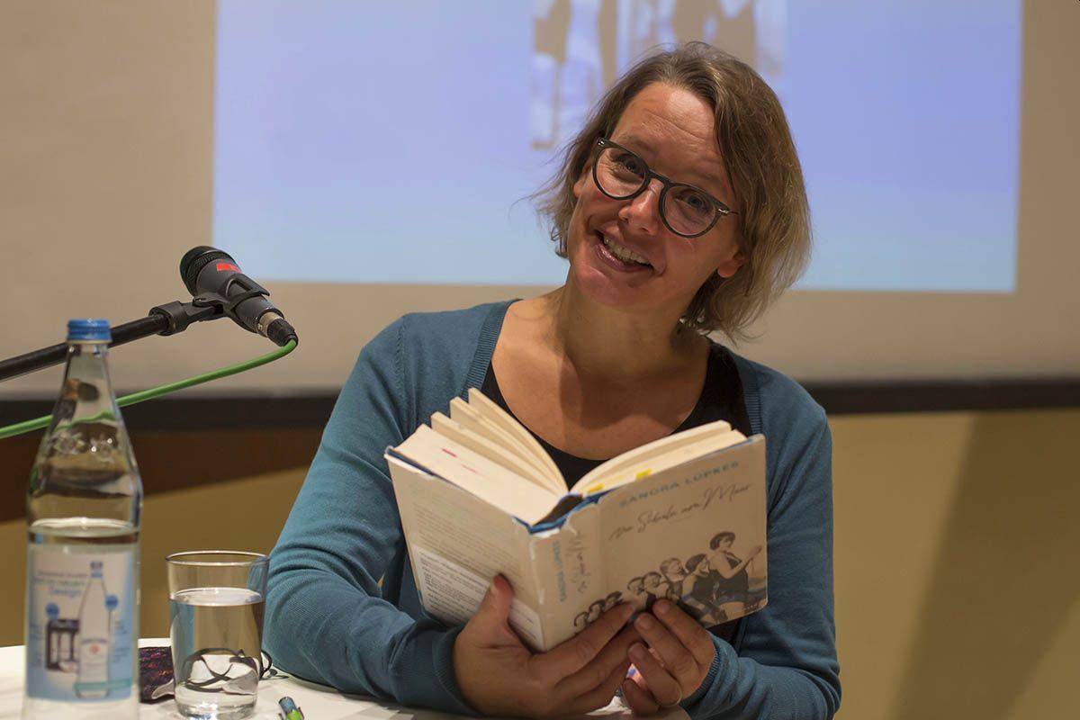 Spannende Lesung mit Sandra Lüpkes in Linz
