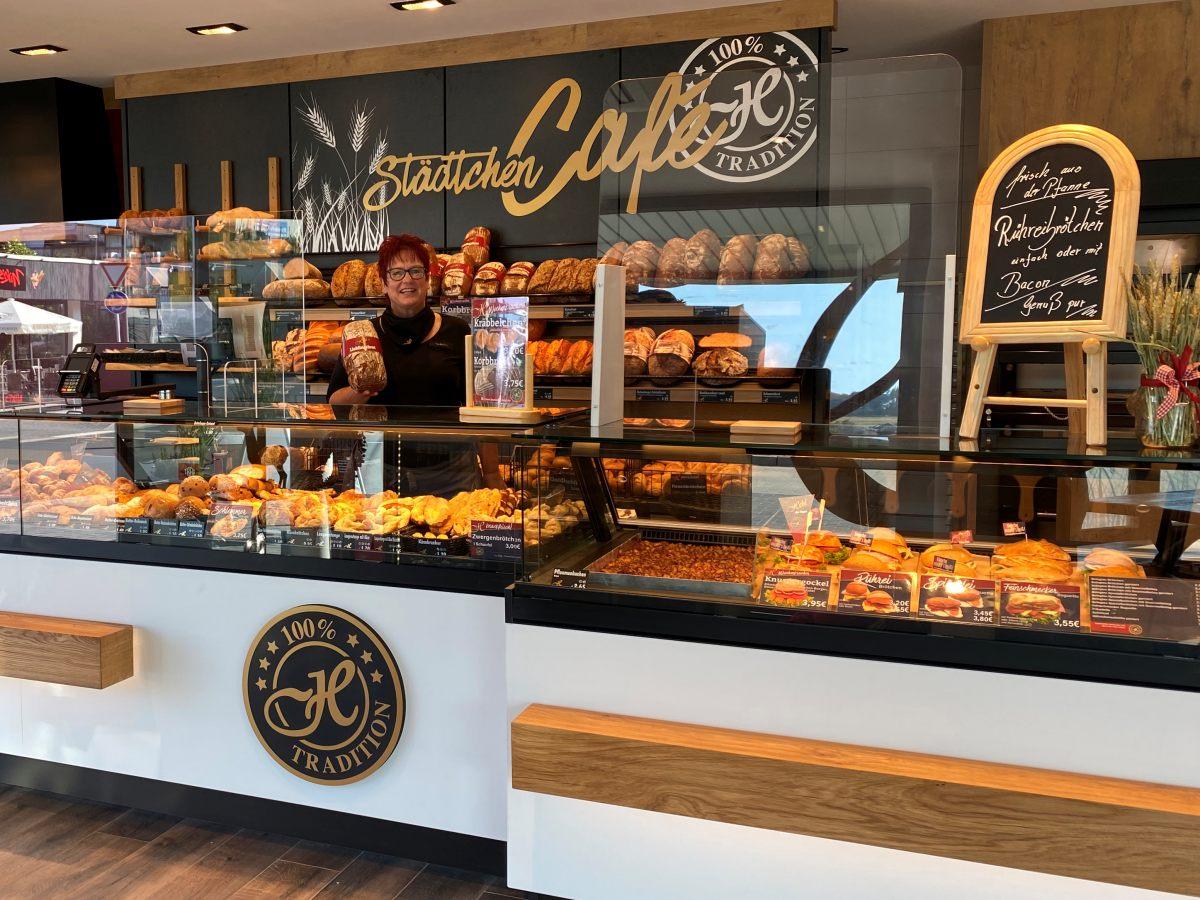 """Backhaus Hehl öffnet """"Städtchen Café"""" in Herdorf"""