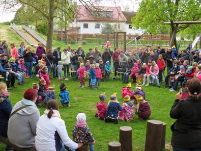"""Familien-Osterspaziergang in der Kita """"Schatzkiste"""""""