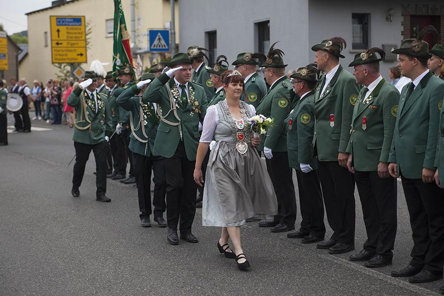 Schützengilde Raubach startete Festumzug