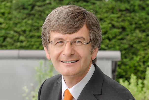 Hans-Günter Fischer stellt Pandemie-Konzept vor