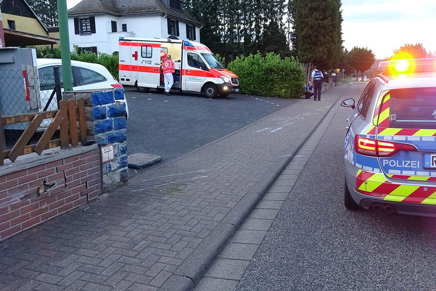 Motorradfahrer stürzt in Seck und verletzt sich schwer