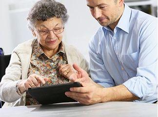 Technik hilft beim Sehen. Foto: Homepage Help Tech