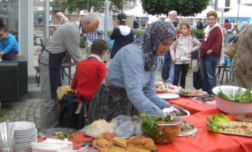"""""""Selters bruzzelt"""": Exotische Leckereien beim Stadtfest angeboten"""