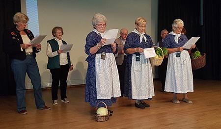 Seniorenakademie Horhausen feierte Erntedankfest