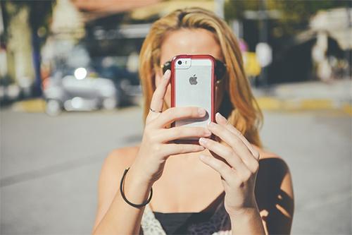 Mit High Speed ins Internet: LTE Tarife im Überblick