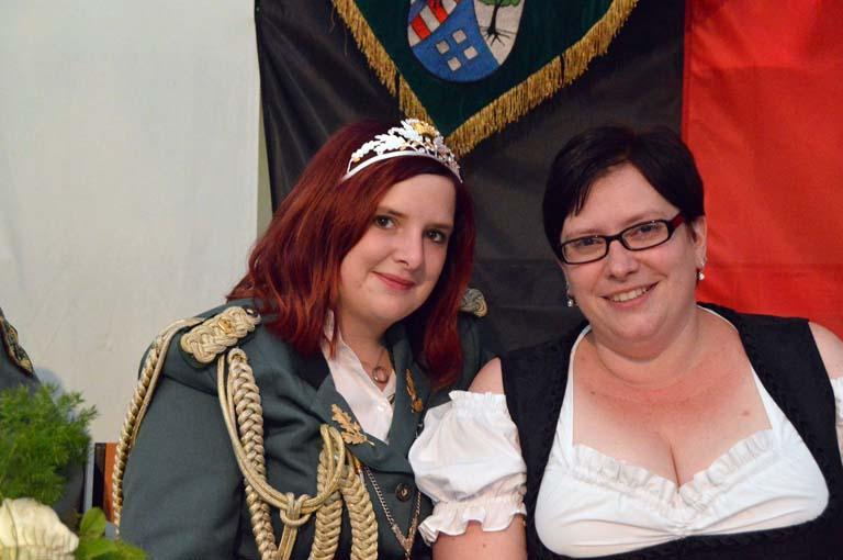 Neue Majestäten in Döttesfeld gekrönt