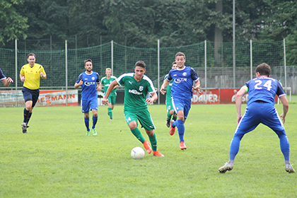 Spielszene der SG 06 Betzdorf gegen den SV Mehringen. Foto: Verein