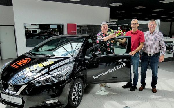 Ein Nissan Micra ist Hauptpreis bei der Tombola der Kinderkrebshilfe Gieleroth
