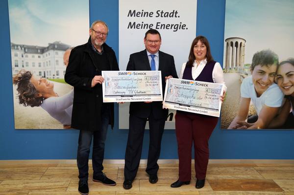 TV Gladbach und Caritas erhalten Erlöse der SWN-Eisstockbahn