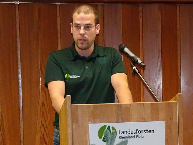 Niederfischbacher Forstwirtschaftsmeister gehört zu den Besten des Jahrgangs