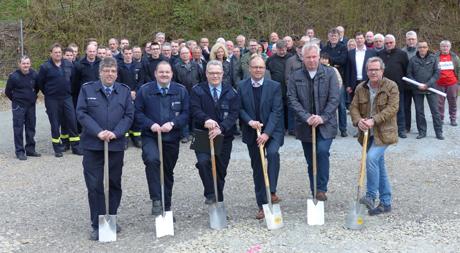 Spatenstich zum neuen Feuerwehrhaus in Harbach