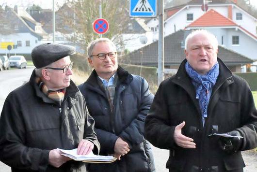 Endlich: Spatenstich f�r den Busbahnhof in Horhausen