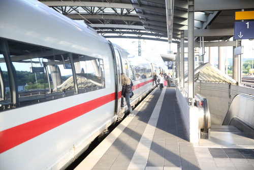 Gesperrte ICE-Strecke: So fahren die Züge heute und ab Montag