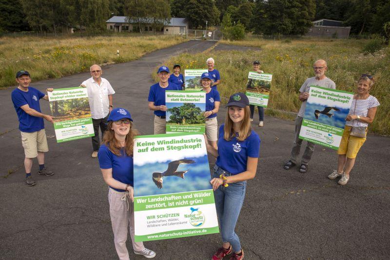 Aktivisten der NI fordern Schutz des Nationalen Naturerbes Stegskopf. Foto: privat